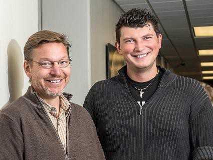 Открытие Планеты Х Майк Браун (слева) Константин Батыгин