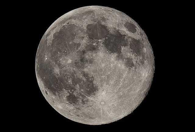 естественный спутник луна